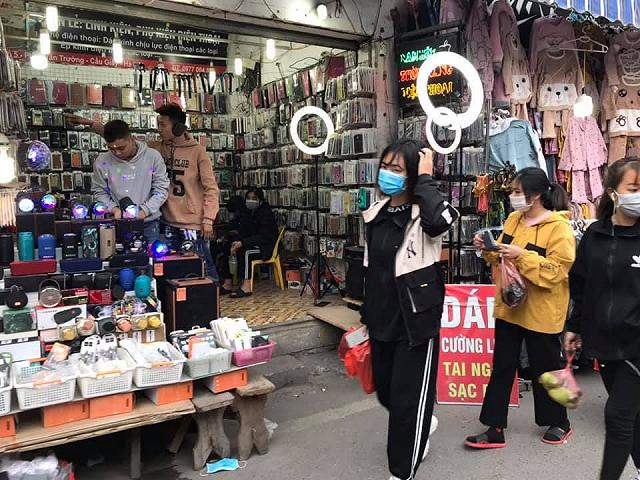 "shopping tung bung cuoi nam tai tttm xanh market ""sang chanh"" nhat ha noi - anh 9"