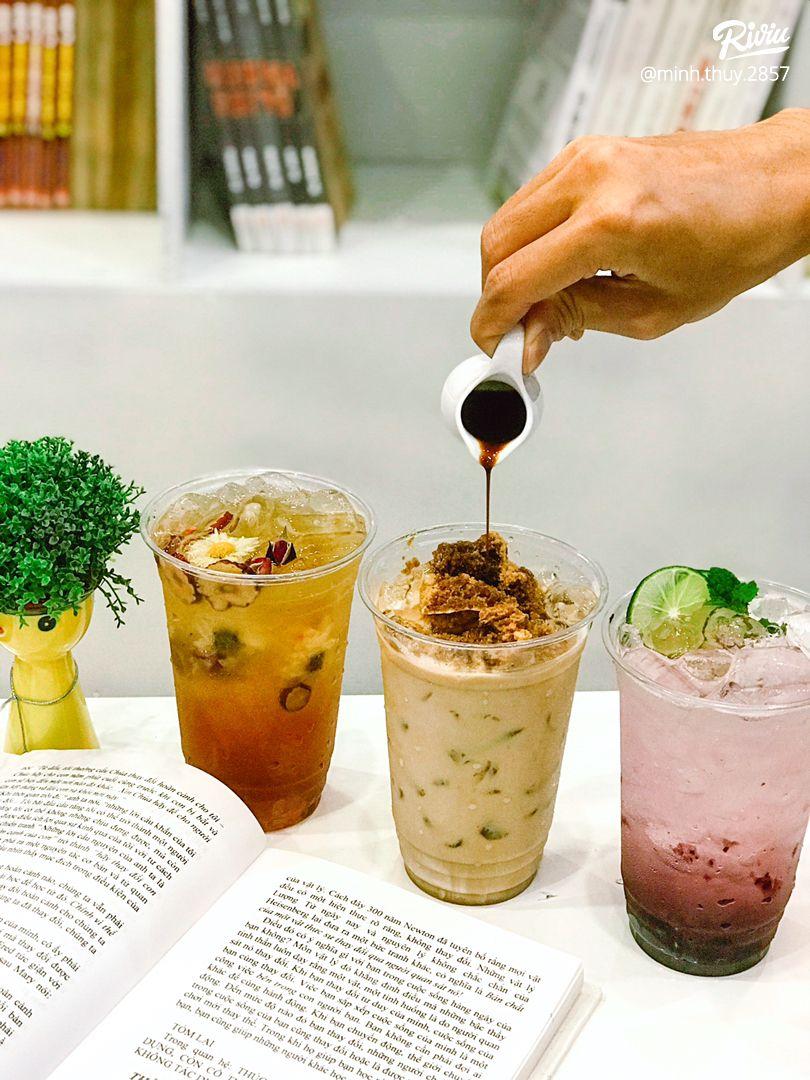 cafe sach chi danh rieng cho couple - chong chi dinh may dua fa  - anh 2
