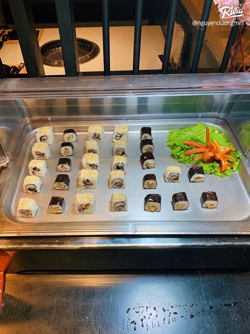 buffet nướng siêu hấp dẫn cùng với vô số các loaoi thiot - anh 7