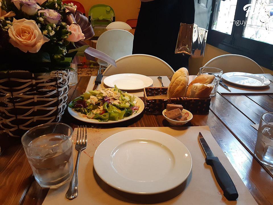 Các món ăn được bài trí đẹp mắt