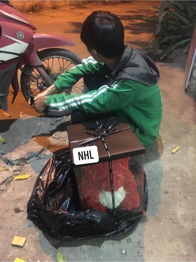thuong lam phan shipper bi boom hang: co ngay uong 5 ly tra sua, an 2 noi lau, co gang de khong that nghiep - anh 8